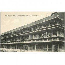 carte postale ancienne 95 AINCOURT. Sanatorium de la Bucaille animation aux balcons