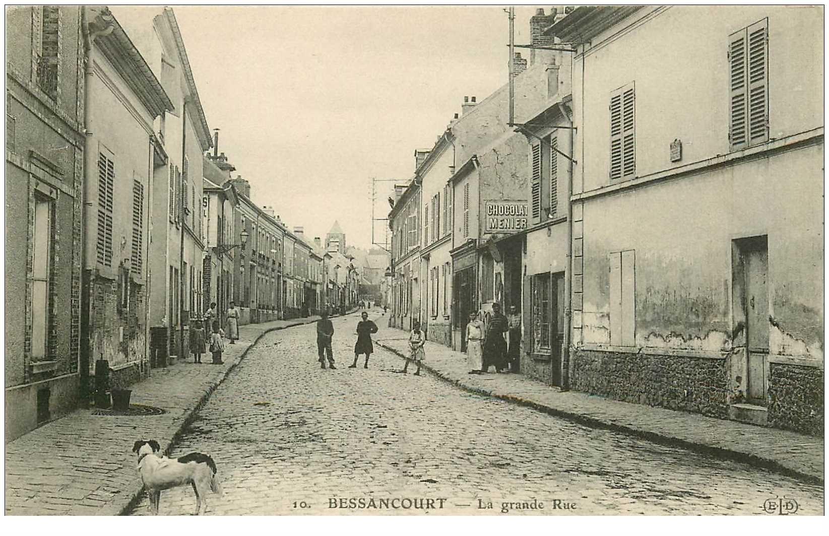 carte postale ancienne 95 BESSANCOURT. La Grande Rue avec Boucher et Forgerons