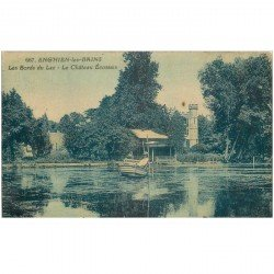 carte postale ancienne 95 ENGHIEN LES BAINS. Pêcheur sur Lac et Château Ecossais