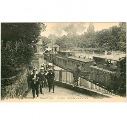 carte postale ancienne 95 MONTMORENCY. La Gare arrivée d'un Train