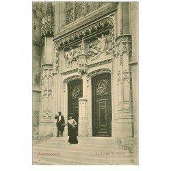 carte postale ancienne 95 MONTMORENCY. Le Portail de l'Eglise vers 1900