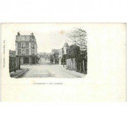 carte postale ancienne 95 VAUCRESSON. Pharmacie rue Aubriet vers 1900
