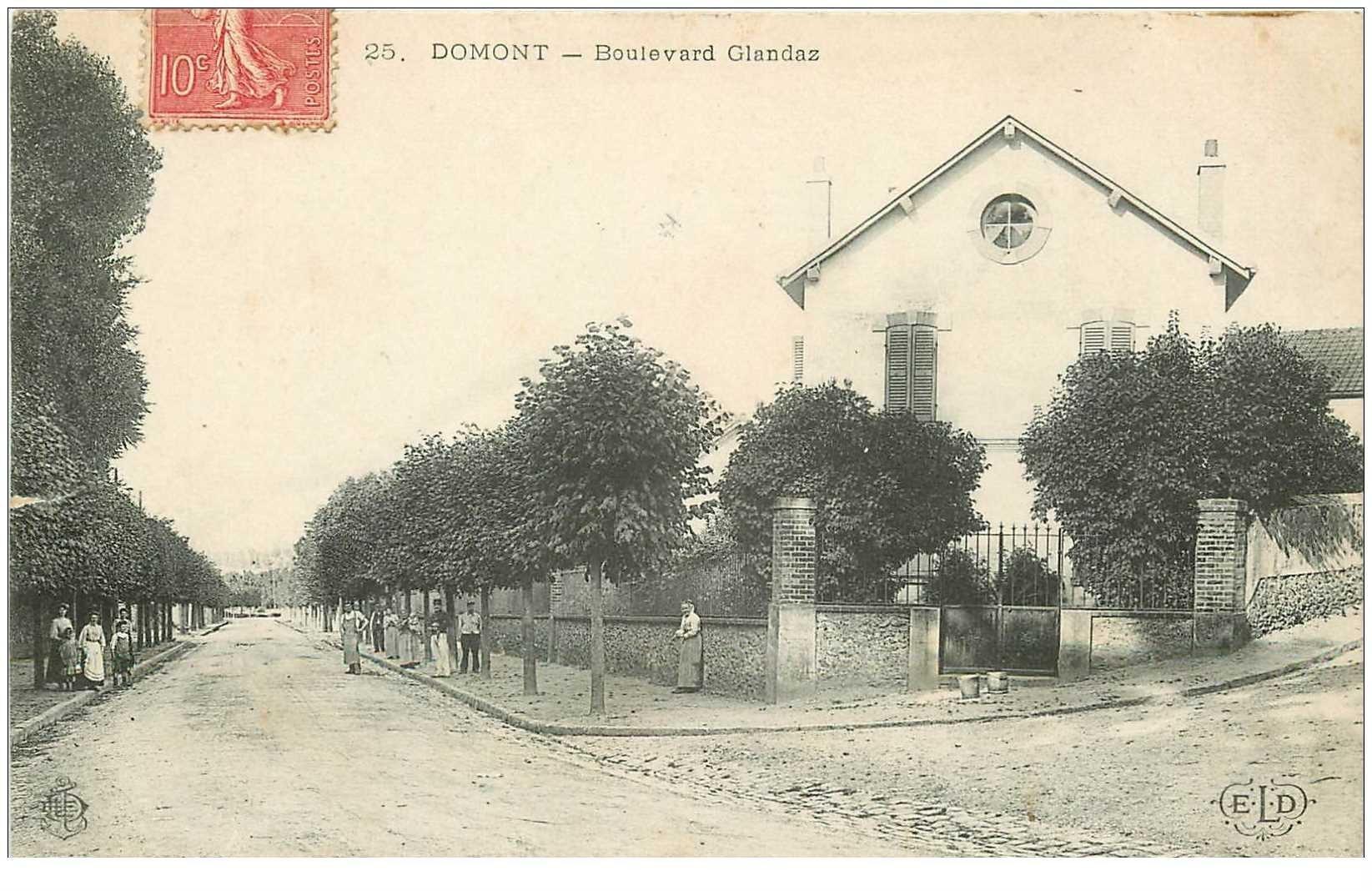 carte postale ancienne K. 95 DOMONT. Boulevard Glandaz animé 1907