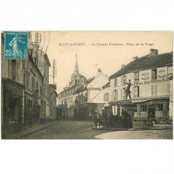 carte postale ancienne 95 SAINT LEU LA FORET. La Grande Fontaine Place de la Forge Garage