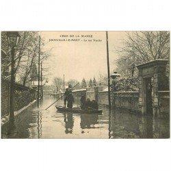 carte postale ancienne 94 JOINVILLE LE PONT. Crue inondation Militaires Sauveteurs rue Vautier