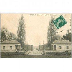 carte postale ancienne 94 GROS BOIS. Boissy Saint Léger. Grille Château Prince de Wagram vers 1908