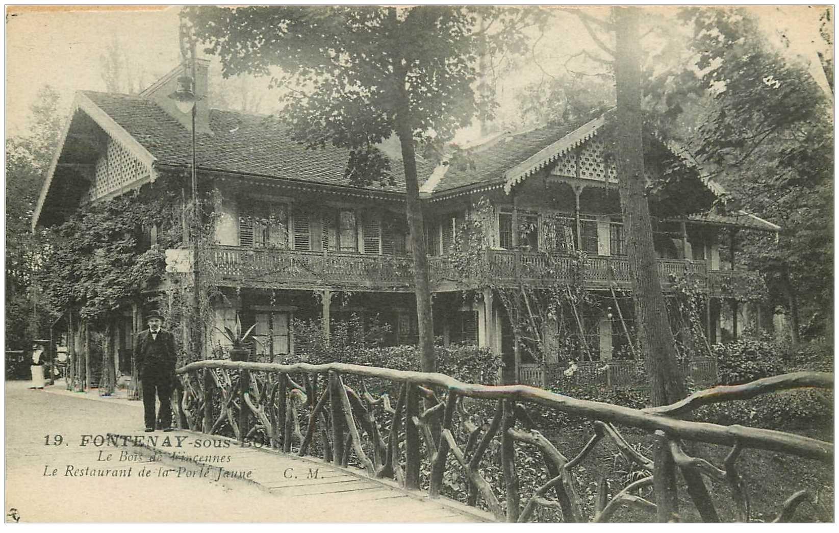 carte postale ancienne 94 FONTENAY SOUS BOIS. Restaurant de la Porte Jaune personnage sur le Pont de bois