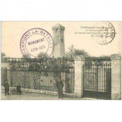 carte postale ancienne 94 CHAMPIGNY SUR MARNE. Le Monument 1870-71 en 1915 avec Gardien