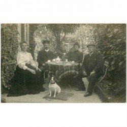 carte postale ancienne 94 CHAMPIGNY SUR MARNE. L'heure du thé en Famille Rimey pour Moreau. Photo carte postale