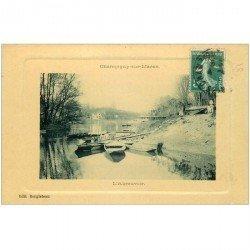carte postale ancienne 94 CHAMPIGNY SUR MARNE. L'Abreuvoir 1911 animation