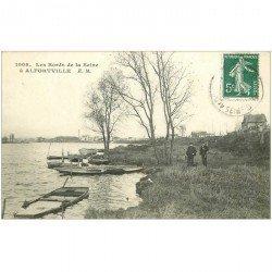 carte postale ancienne 94 ALFORTVILLE. Chasseurs avec fusils sur les Bords de la Seine