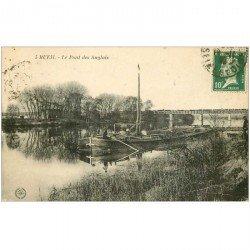 carte postale ancienne K. 92 RUEIL MALMAISON. Péniche au Pont des Anglais avec Train dessus 1923