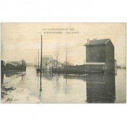 carte postale ancienne Inondation et Crue de 1910. GENNEVILLIERS 92. Rues inondées