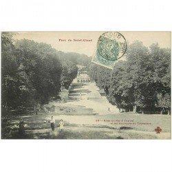 carte postale ancienne 92 SAINT CLOUD. Parc Allée du Fer à Cheval 1905