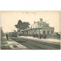 carte postale ancienne 92 RUEIL. Train locomotive à vapeur dans la Gare