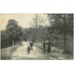 carte postale ancienne 92 RUEIL. Saint Cucufa attelage âne Route de Rueil