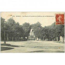 carte postale ancienne 92 RUEIL MALMAISON. Place et Entrée