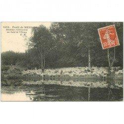 carte postale ancienne 92 MEUDON. Forêt. Moutons s'abreuvant à l'Etang 1913