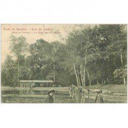 carte postale ancienne 92 MEUDON. Forêt. La Pêche aux Grenouilles Etang de Trivaux. Timbre Taxe 1905
