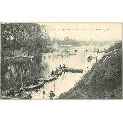 carte postale ancienne 92 LEVALLOIS PERRET. Pêcheurs sur Pointe Ile de la Grande Jatte