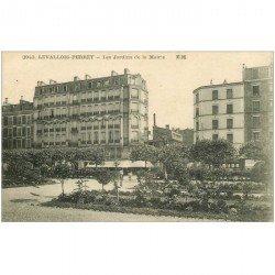 carte postale ancienne 92 LEVALLOIS PERRET. Jardins de la Mairie 1931