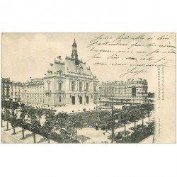 carte postale ancienne 92 LEVALLOIS PERRET. Hôtel de Ville et Jardin 1903