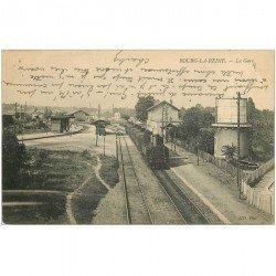 carte postale ancienne 92 BOURG LA REINE. Train dans la Gare et Château deau 1907
