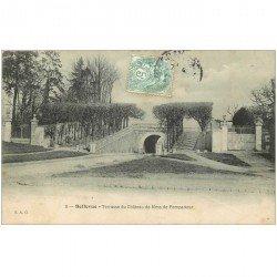 carte postale ancienne 92 BELLEVUE. Terrasse duChâteau de Pompadour