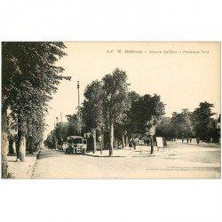 carte postale ancienne 92 BELLEVUE. Autocar Avenue Galliéni et Boulevard Verd