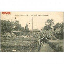 carte postale ancienne 92 BECON LES BRUYERES. Le Pont des Couronnes 1907
