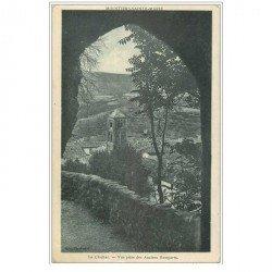 carte postale ancienne 04 MOUSTIERS-SAINTE-MARIE. Les Anciens Remparts