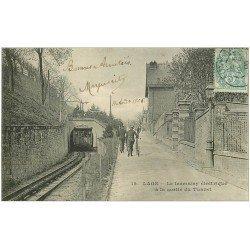 carte postale ancienne 02 LAON. Tramway électrique sortie du Tunnel 1906 (carte gondolée)...