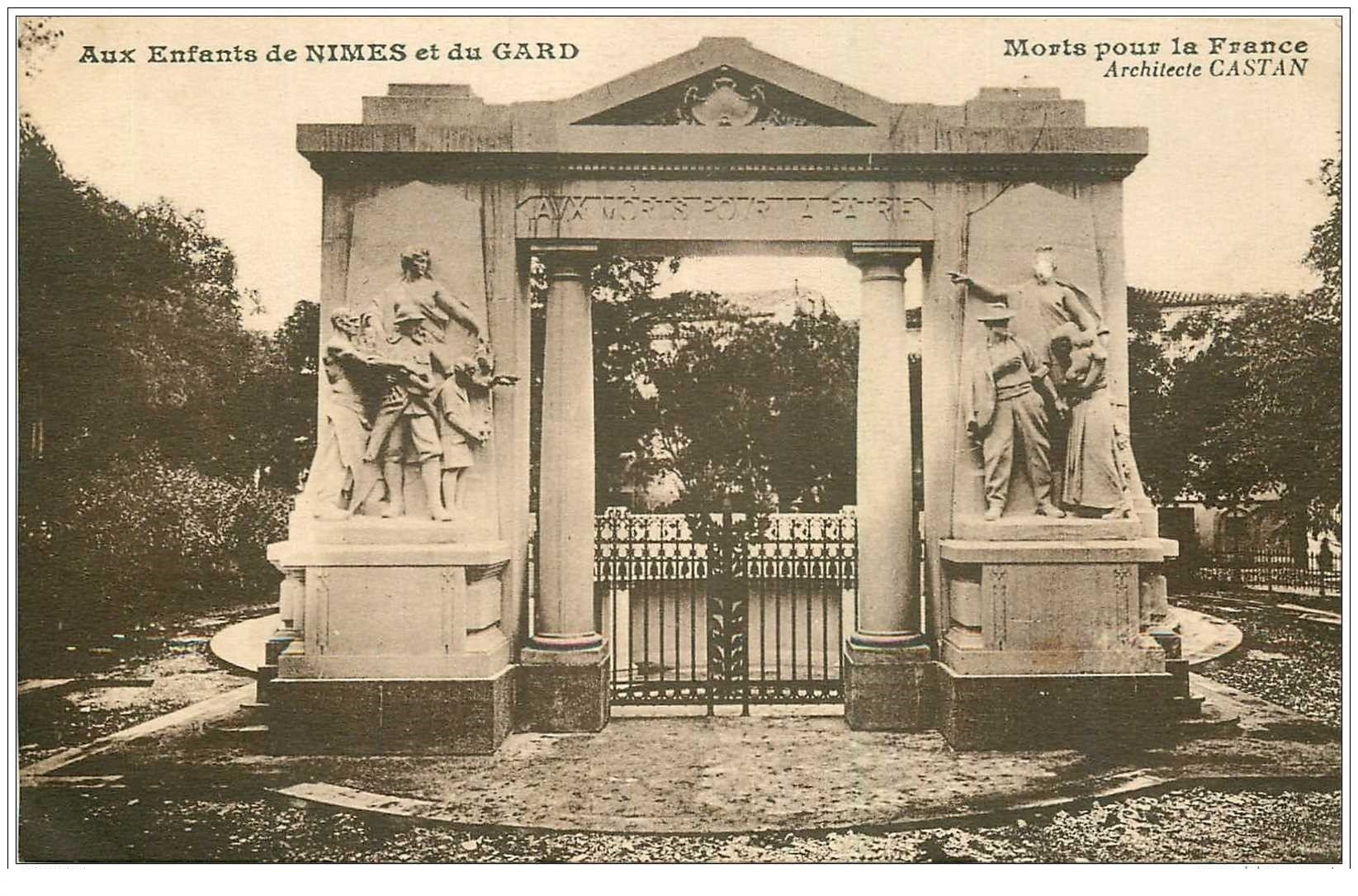 carte postale ancienne 30 NIMES. Aux Enfants du Gard morts pour la France. Castan