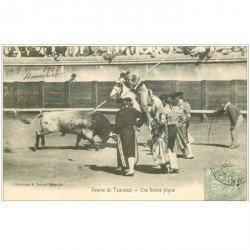 carte postale ancienne 30 NIMES. Corrida de Taureaux. Une pique 1906