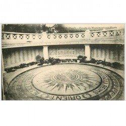 carte postale ancienne 30 NIMES. Crypte Monument aux Morts