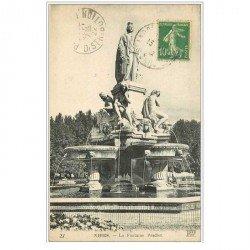 carte postale ancienne 30 NIMES. Fontaine Pradier 1922