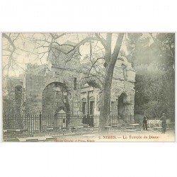 carte postale ancienne 30 NIMES. Le Temple de Diane 1907
