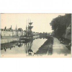 carte postale ancienne 80 ABBEVILLE. Le Port avec Voilier