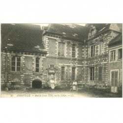 carte postale ancienne 80 ABBEVILLE. Maison Louis XIII Rue du Lillier animation