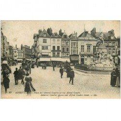 carte postale ancienne 80 ABBEVILLE. Place Amiral Courbet et Rue Alfred Cendre. Cafés du Progrès, de la Place et du Bourdois