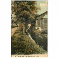 carte postale ancienne 80 ABBEVILLE. Rue d'Argonne avec Pêcheur à la ligne