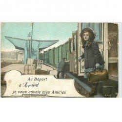 carte postale ancienne 80 AMIENS. Arrivé du Train carte montage 1916
