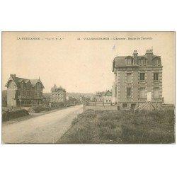 carte postale ancienne 14 VILLERS-SUR-MER. La Plage 1909 avec Vendeur de friandises