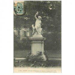 carte postale ancienne 80 AMIENS. Square Longueville groupe allégorique 1905