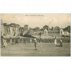 carte postale ancienne 80 AULT. La Plage sur le sable