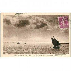 carte postale ancienne 80 CAYEUX-SUR-MER. Bateaux de Pêcheurs en pleine Mer 1933