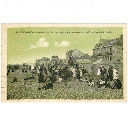 carte postale ancienne 80 CAYEUX-SUR-MER. Le Chemin des Planches et Hôtel Kursaal 1930. Publicité murale Dubonnet
