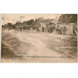 carte postale ancienne 80 LE CROTOY. Grosse Vague par grande Marée 1926