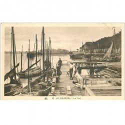 carte postale ancienne 80 LE HOURDEL. Le Port avec Barques de Pêcheurs. Poissons et Crustacés