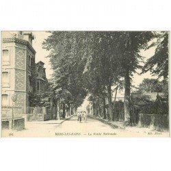 carte postale ancienne 80 MERS-LES-BAINS. Cyclistes Route Nationale